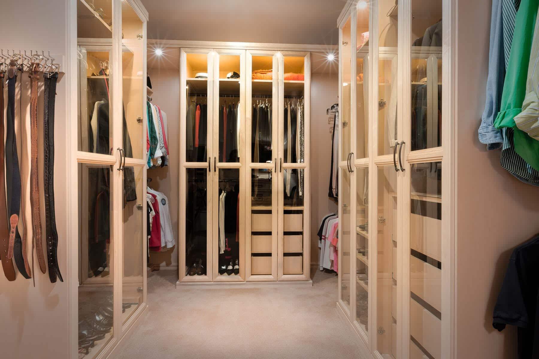 70 Smart Luxury Walk In Closet Design That Will Change Your