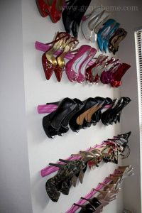 Unbelievable hanging shoe organizer #shoestorageideas #shoerack #shoeorganizer