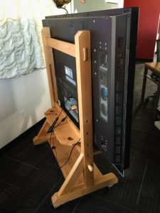 Awesome diy tv tray stand #DIYTVStand #TVStandIdeas #WoodenTVStand