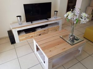 Unforgettable diy ladder tv stand #DIYTVStand #TVStandIdeas #WoodenTVStand