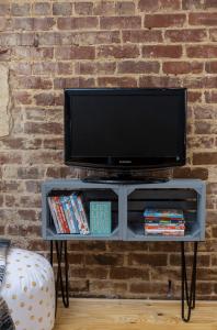 Terrific diy 55 tv stand #DIYTVStand #TVStandIdeas #WoodenTVStand