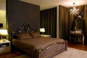 Striking guest bedroom curtain ideas #bedroomcurtainideas #bedroomcurtaindrapes #windowtreatment