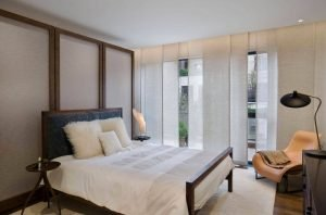 Remarkable bedroom curtain ideas for small rooms #bedroomcurtainideas #bedroomcurtaindrapes #windowtreatment