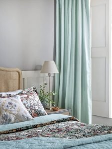 Excited shabby chic bedroom curtain ideas #bedroomcurtainideas #bedroomcurtaindrapes #windowtreatment
