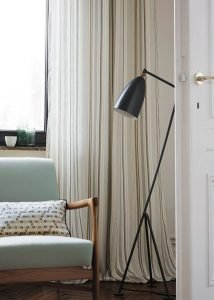 Stunning bedroom drapes and curtain ideas #bedroomcurtainideas #bedroomcurtaindrapes #windowtreatment