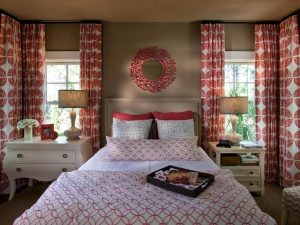 Spectacular white bedroom curtains decorating ideas #bedroomcurtainideas #bedroomcurtaindrapes #windowtreatment